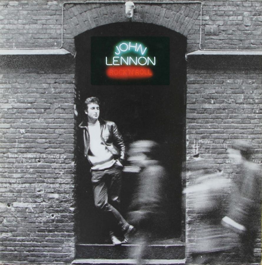 Джимми Айовин только что получил работу в качестве нового помощника Джона Леннона