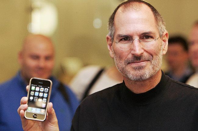 Steve-Jobs-2007-iphone-август-2018